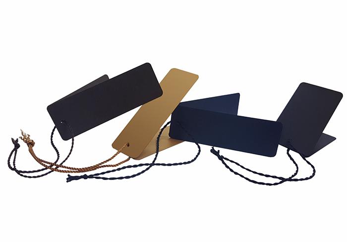 etiquetas-cartron-cuerda-textil-700X488